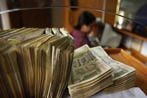 आयकर विभाग ने 3 साल में 45,622 करोड़ रुपए की अघोषित आय का लगाया पता