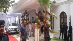 मुलायम सिंह के घर अचानक जांच के लिए पहुंची बिजली विभाग की टीम, 4 लाख है बकाया