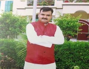 BJP MLA को DIOS ने धमकाया : जितनी तुम्हारे घर में चप्पल हैं, उससे अधिक मेरे घर में राइफल