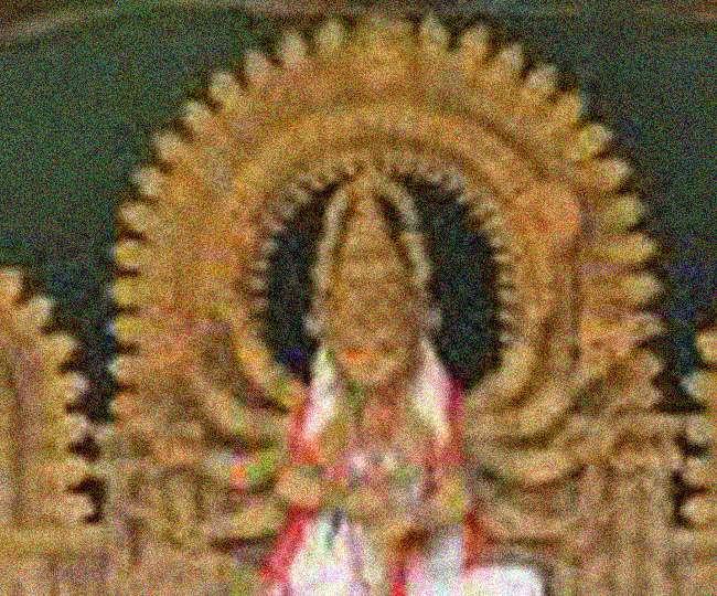 पुलिस चौकी में स्थापित मंदिर की दुर्गा प्रतिमा तोड़ी, जमकर हंगामा