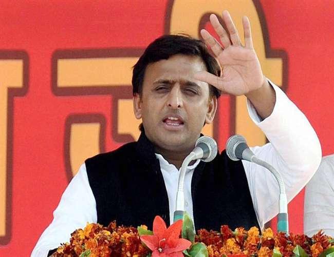 निकाय चुनाव में कांग्रेस और सपा के बीच कोई गठबंधन नही होगा: अखिलेश यादव