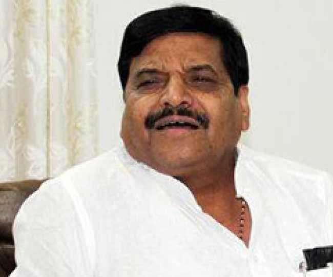 शिवपाल ने कहा उत्तर प्रदेश में अब जनता भी कह रही सपा सरकार बेहतर थी योगी सरकार से