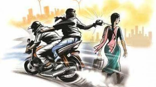 किदवईनगर मे लुटेरों ने शनिदेव मन्दिर के पास लूटा छात्रा का पर्स ।
