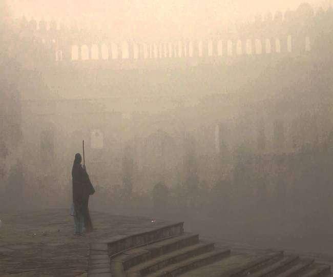 लखनऊ की हवा धुंध की वजह से फिर हुई खराब