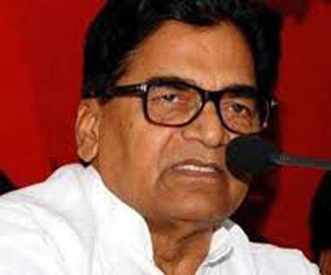 रामगोपाल यादव का कहना कि भाजपा संसद बुलाने से डर रही और मुसलमान भाजपा से भयभीत