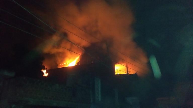 गोदाम में लगी भीसण आग रायबरेली