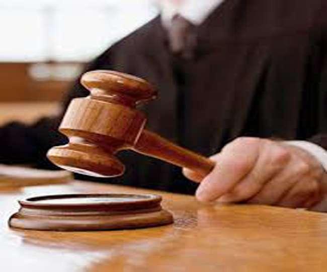 बलिया मे गलत पोस्टमार्टम रिपोर्ट पर डाक्टर, दारोगा समेत सात को कोर्ट ने भेजा जेल