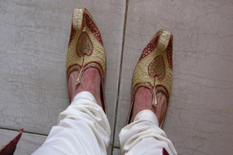 बदायूं मे शादी में जूता हुआ चोरी, नाराज दूल्हे ने पीट-पीट कर ले ली जान