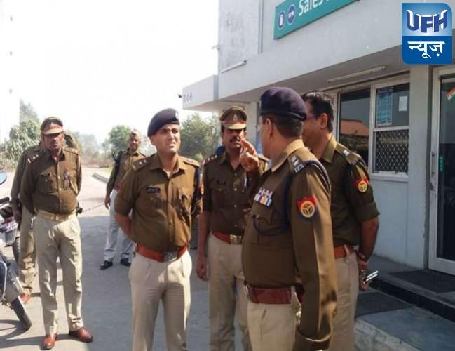 अलीगढ़ में सेल्समैन को धमकाकर पेट्रोल पंप से 1.66 लाख लूटे