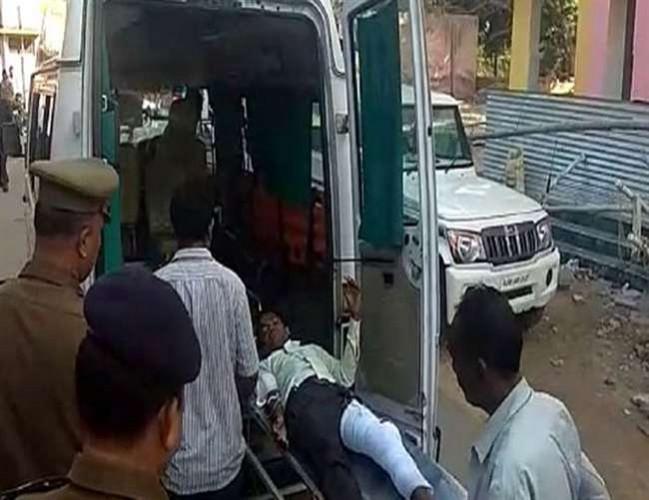 हरदोई में पुलिस मुठभेड़ में साथी सहित बदमाश डीके गिरफ्तार