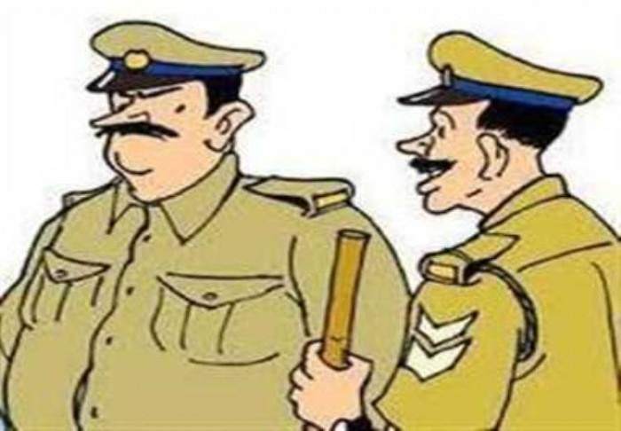 हमारी उत्तरप्रदेश पुलिस तनाव के चलते  बन रही ब्लड प्रेशर का शिकार