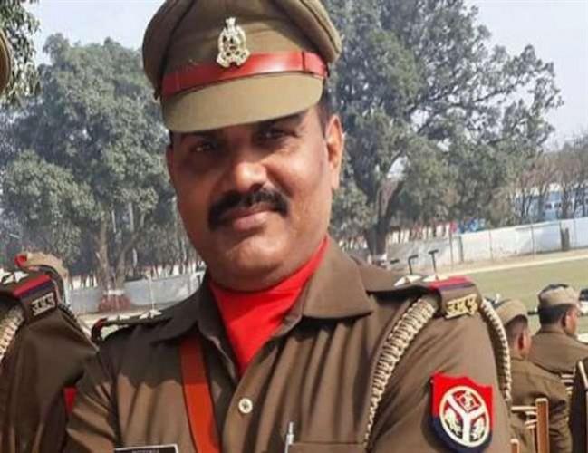 फतेहपुर में दारोगा ने सर्विस रिवाल्वर से हेड कांस्टेबल की हत्या की, गिरफ्तार