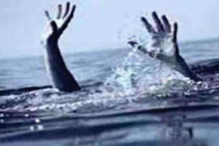 जनपद कुशीनगर मे नहीं मिला मोबाइल, बच्चे ने लगाई नदी में छलांग