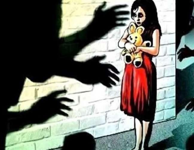 बलिया में 11 साल की बच्ची के साथ नाबालिग ने किया रेप, आरोपी हिरासत में
