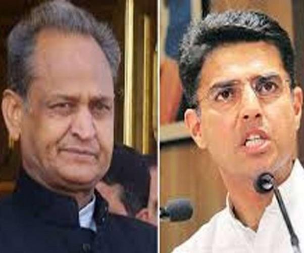 विधानसभा चुनाव आते ही राजस्थान में कांग्रेस में मचा घमासान