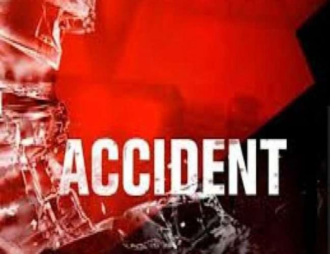 जनपद हरदोई में ट्रक और ट्रैक्टर में भिड़ंत, 8 मजदूरों की दर्दनाक मौत