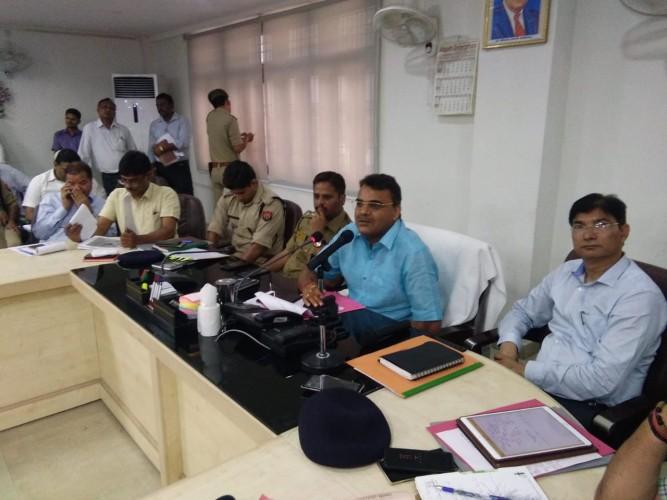 अलीगढ़ मे किसान ऋण मोचन योजना का लाभ लेने हेतु पात्र किसानकरें 15 जून तक आनलाइन आवेदन