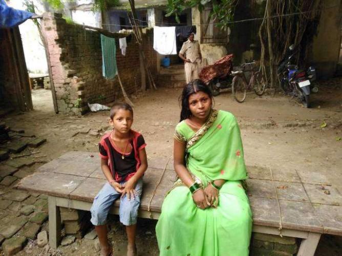 बलिया पति की रोज-रोज की पिटाई से अाहत महिला ने घाघरा नदी में मासूम बेटी व बेटे को फेंका