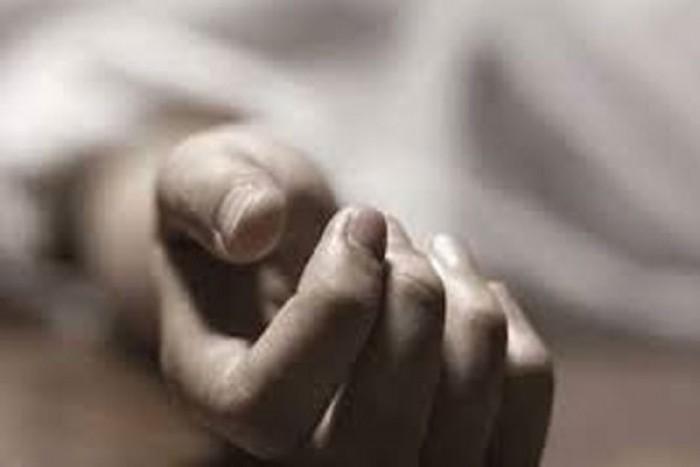 हमीरपुर प्राथमिक स्वास्थ्य उप केंद्र मौहर मे डिलीवरी कराने गयी महिला की मौत