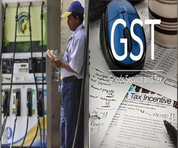 पेट्रोल-डीजल को जीएसटी के दायरे में नहीं चाहते कई राज्य, राजस्व पर बुरा असर पड़ेगा