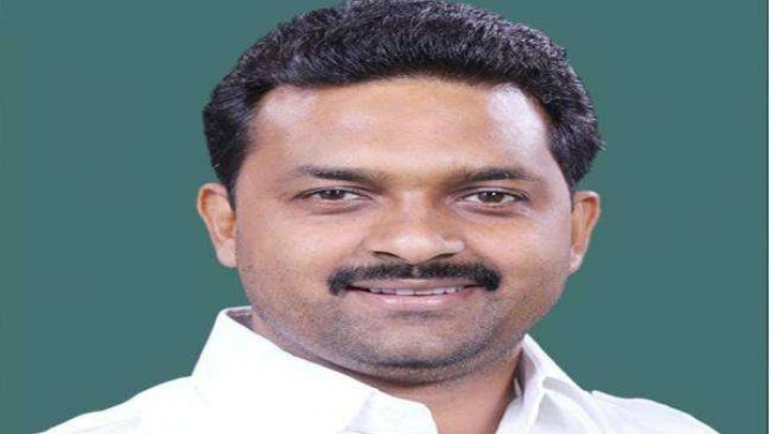 BJP सांसद कमलेश पासवान समेत पांच पर मुकदमा दर्ज करने का आदेश