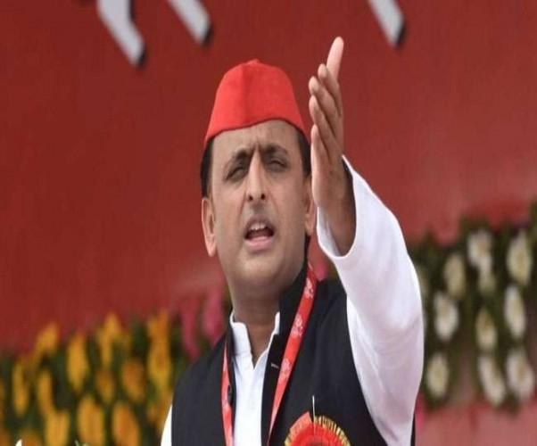 पूर्व मुख्यमंत्री अखिलेश यादव ने अलवर में कहा छह माह बाद केंद्र में बदल जाएगी सरकार