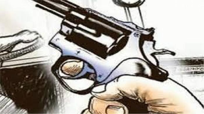 उन्नाव मे गोदभराई समारोह में हर्ष फायरिंग में गोली लगने से डांसर समेत दो घायल