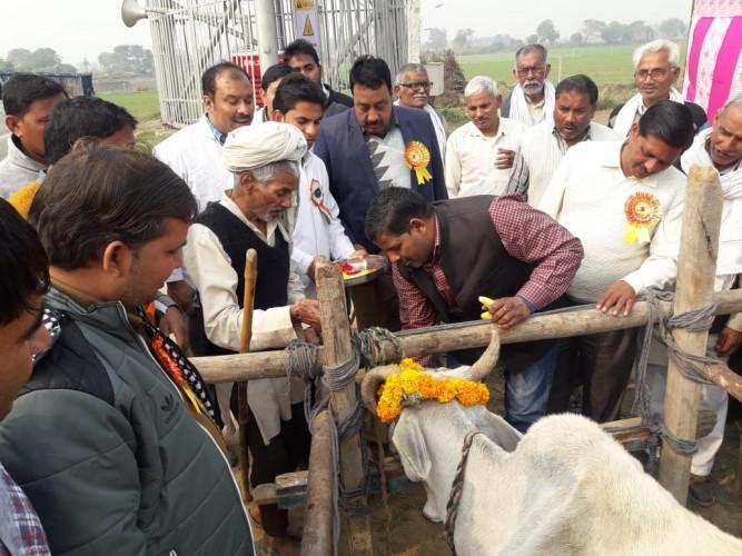 जहांगीरपुर क्षेत्र के गांव हसनपुर में लगा मेले में निशुल्क हुआ बेजुवानों का इलाज