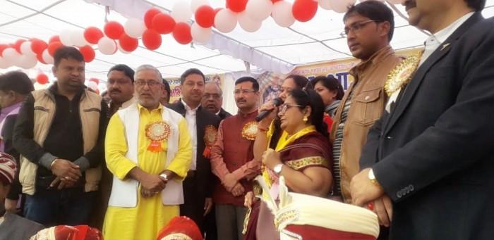 मथुरा में स्वर्णकार समाज के सामूहिक विवाह समारोह में 21 जोड़ों की हुई शादी