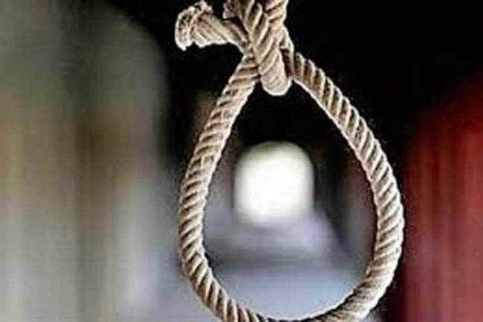 जनपद सम्भल के गुन्नौर थाना क्षेत्र में फांसी के फंदे पर लटकी मिली दो सगी बहनें, हत्या की आशंका