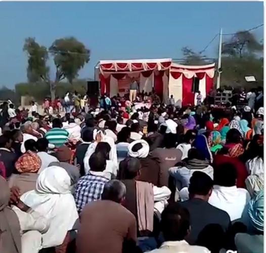 मथुरा के कोसिकलां के ग्राम मैं शहीद को श्रद्धांजलि देने पहुंचे कैबिनेट मंत्री चौधरी लक्ष्मी नारायण