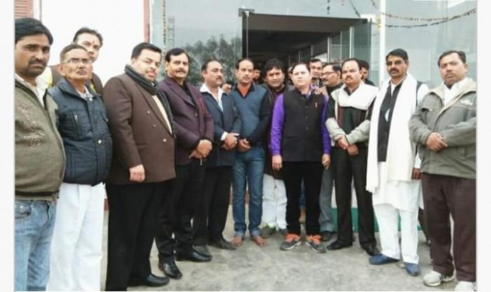 मथुरा मैं उत्तर प्रदेश युवा ब्राह्मण महासभा की बैठक आयोजित