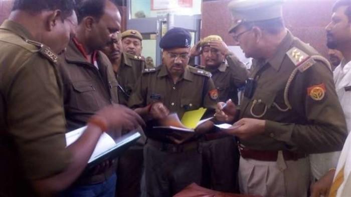 जिला मीरजापुर में मामूली विवाद में दो लोगों को मारी गोली, एक की मौत, दूसरा घायल