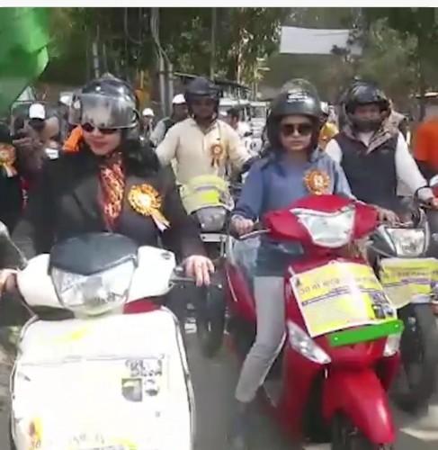 मथुरा मैं 30 वां सड़क सुरक्षा सप्ताह हुआ सम्पन्न, निकाली जागरूकता वाहन रैली