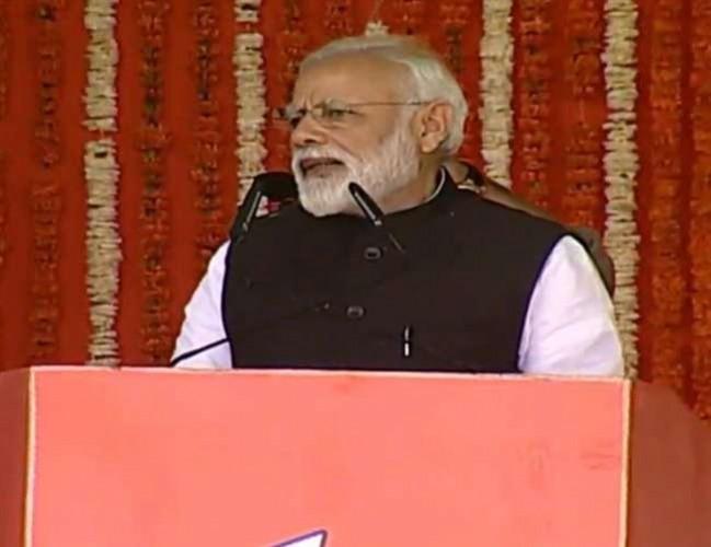 कानपुर मे पीएम मोदी ने कहा सिरफिरे लोगों ने कश्मीरी भाइयों के साथ हरकत की, सरकार ने कार्रवाई की