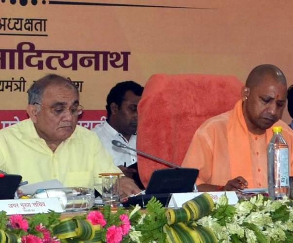 मुख्यमंत्री योगी आदित्यनाथ ने कहा कांग्रेस और गठबंधन के लोग रमजान मनाएं, किसने रोका है