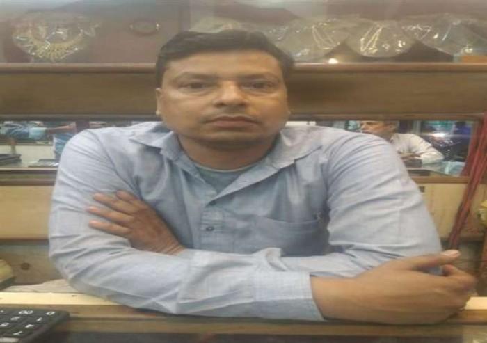 राजधानी पुलिस टप्पेबाजों पर लगाम करने में पूरी तरह नाकाम बंटी-बबली ने ज्वैलरी की दुकान से उड़ाया आधा किलो सोना