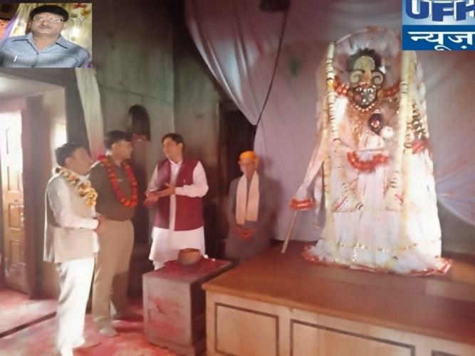 मथुरा के वलदेव दाऊजी के मंदिर में अनहोनी से निपटने के लिए तीसरी आंख के रूप में सीसीटीवी कैमरों की गयी व्यवस्था