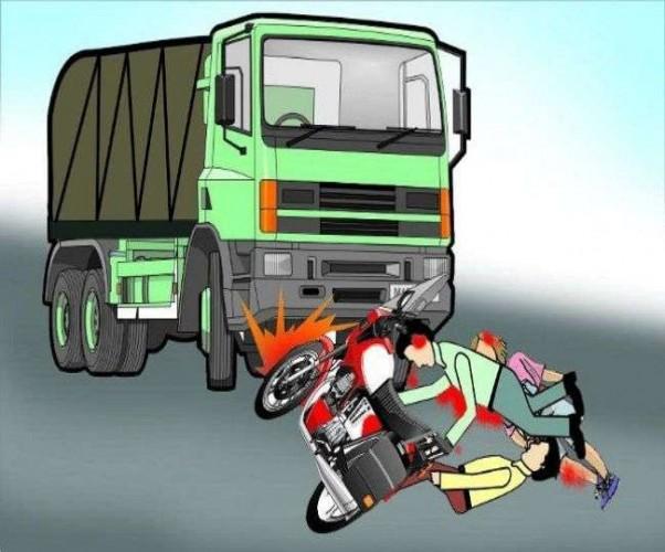 जिला अलीगढ़ में स्कूटी सवार बीटीसी छात्रा को बस ने कुचला