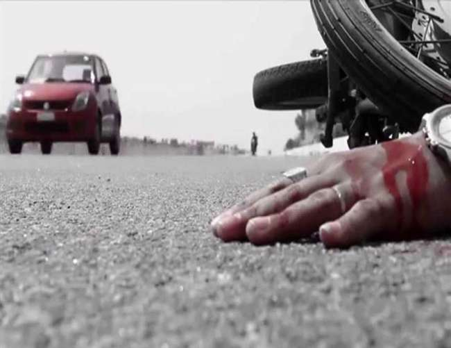 अलीगढ़ में रोडवेज ने बाइक सवारों को रौंदा दो की मौत दो गंभीर