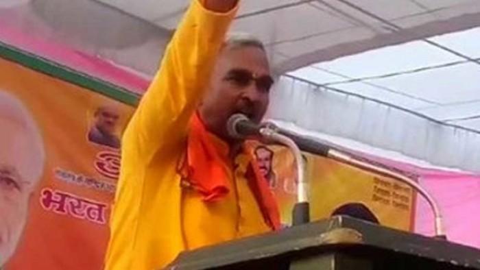 बलिया के भाजपा विधायक सुरेंद्र सिंह का विवादित बयान भगवान राम भी आ जाएं तो 'रेप' की घटनाएं रोकी नहीं जा सकती