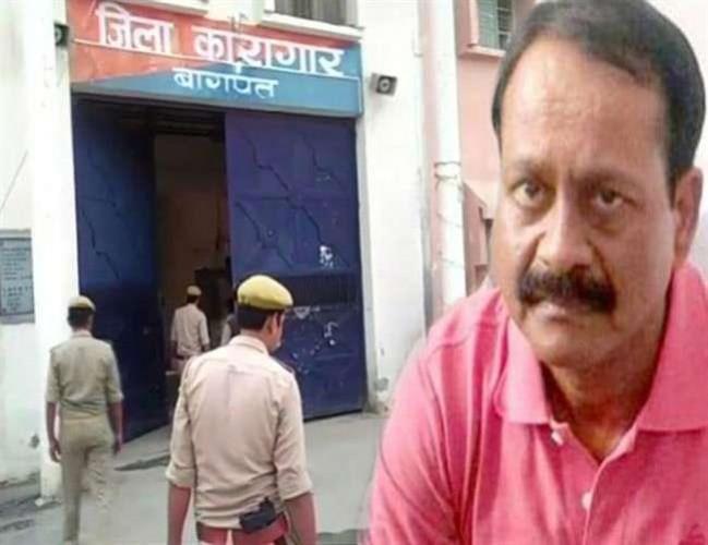 पोस्टमार्टम रिपोर्ट के अनुसार मुन्ना बजरंगी को सिर और सीने पर सटाकर मारी गोली, उठने का नहीं दिया मौका