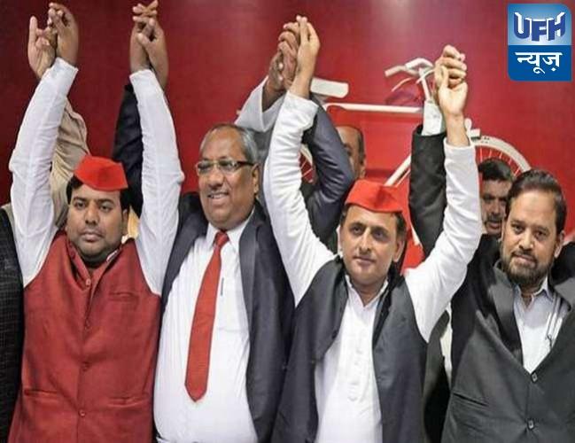 सपा प्रमुख अखिलेश यादव ने आजम खां को धर्मनिरपेक्ष और विकास समर्थक बताया