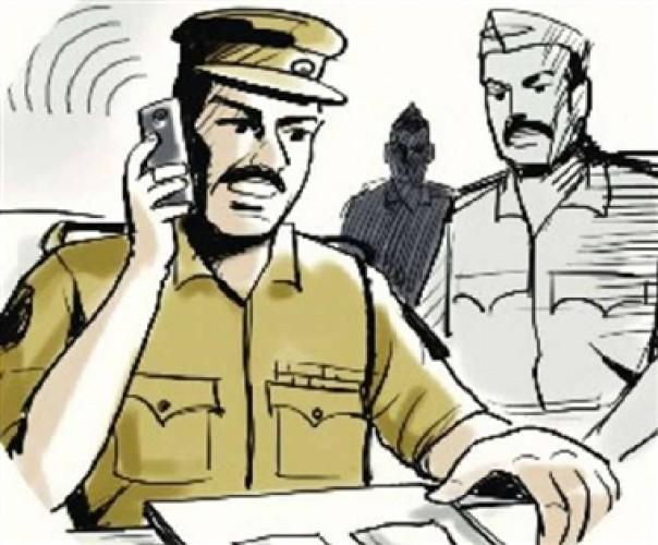 पुलिस में नौकरी में छुट्टी की किल्लत बीमार पत्नी की देखरेख के लिए नहीं मिली छुट्टी तो पुलिसकर्मी ने थमाया इस्तीफा