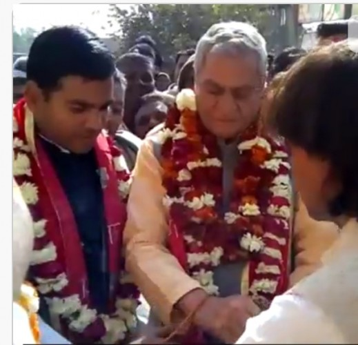 मथुरा के कोसिकलां मैं कैबिनेट मंत्री ने किया शहीद द्वार का उद्घाटन
