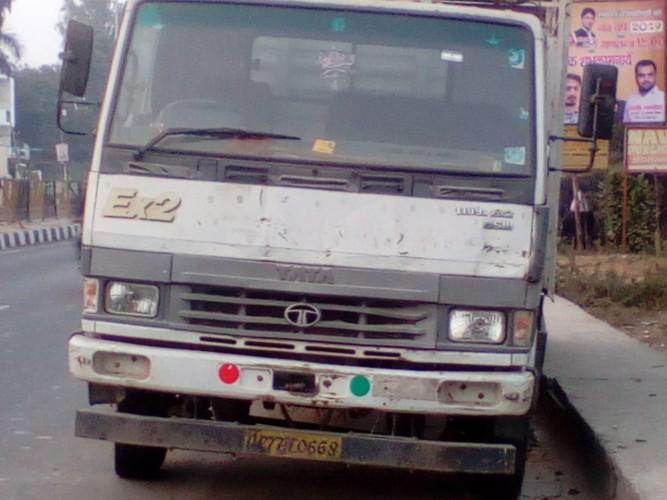 मोहनलालगंज पुलिस व् एन एच ए आईं को और हादसों का इन्तजार