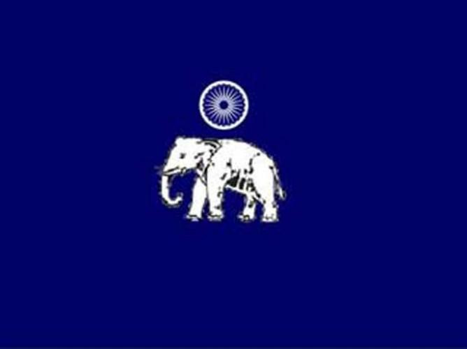 बसपा सांसद प्रत्याशी ने पार्टी की गैरनिती रवैये से तंग आकर दिया इस्तिफा
