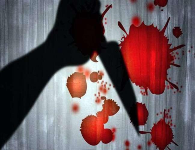 आजमगढ़ मे पुरानी रंजिश में धारदार हथियार से प्रहार कर पति की हत्या, पत्नी व पुत्री घायल