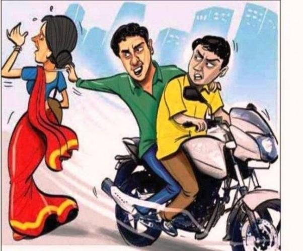 जनपद कानपुर में कैबिनेट मंत्री सतीश महाना की बहू से बाइक सवार बदमाशों ने की लूट