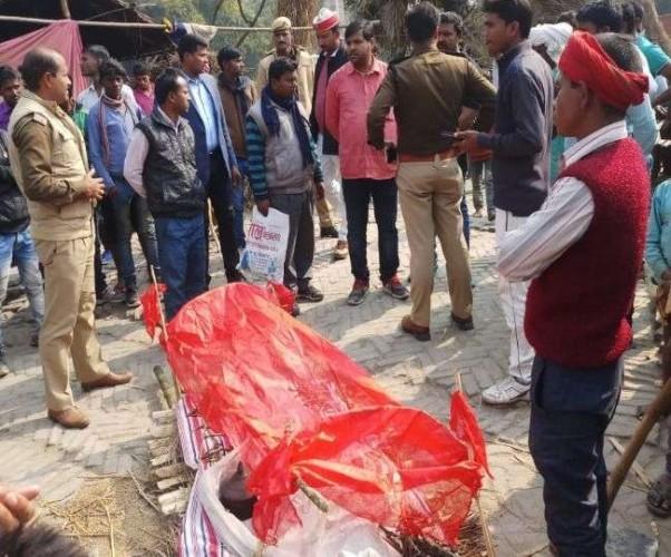 जिला कुशीनगर में जहरीली शराब पीने से चार की मौत, दो गंभीर